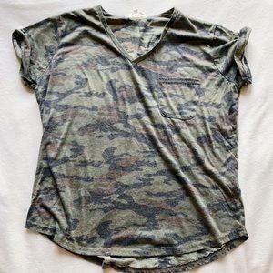 XL 🖤 Stella Tweed Army Camo Soft T Shirt